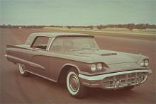 Thunderbird i 1960 års upplaga. Nu hade Thunderbird baksäte.