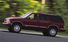 1998 var Blazer namnet på en i sammanhanget liten SUV.