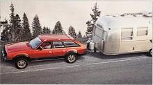 AMC Eagle såldes som bilen för jägare och annat friluftsfolk. Fyrhjulsdrift en vanlig personbil var 1980 något nytt, Audi Quattro fanns också.