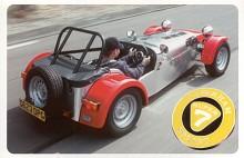 Lön för mödan! Närmare det maskinella och vägbanan kan man inte komma på den här sidan en Formel 1.