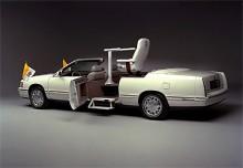 1999 byggdes denna diskreta vagn för Påven.