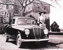 Den första Appian såg ut som en nedskalad version av Aurelia Berlina. Enligt traditionen var alla högklassiga franska och italienska bilar högerstyrda, så också Appia år 1953.