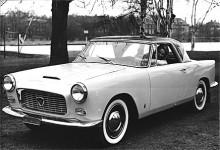 Det fanns också en coupé av Appia i samma formspråk som Flaminia coupé, men så var också båda ritade och byggda av Pininfarina. Andra karossmakare som Allemano producerade också specialkarosser på Appia.