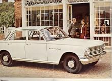 Här är en Velox i sin sista uppenbarelseform. Karossen var ny inför 1963 och på sista årsmodellen1965 hade motorn borrats upp till 3,3 liter.