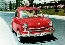 NSU Prinz var så liten att man fick ha hatten utanför bilen.