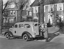Även Chevrolet Suburban från 1935 kunde ta uppemot åtta passagerare.