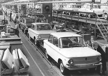 NSU Prinz 4 på fabriksbandet i Neckarsulm.