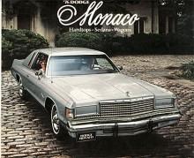 Med Grand Prix från Pontiac och Caprice från Chevrolet startade GM 1965 ett nytt segment, personal luxury. Egentligen var det dress-up packages med egna modellnamn. Dodge kontrade med sin hard-top ur toppserien Custom 880 som med vinyltak, ännu mera krom och allt standard lanserades som Monaco. Med små medel skapades på detta sätt en säljframgång, Sedan gick det som ofta förr i Detroit - namnet på specialmodellen devalverades genom att breddas till alla karosstyper och sedan flyttas ned i modellhierarkin. Monaco var 1966-1978 huvudnamn för Dodges största modeller. Bilden visar en 76:a med det fullständiga namnet Dodge Royal Monaco Brougham