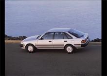 Nästa generation Carina II kom till Sverige som 1988 års modell och marknadsfördes som en Celica med familjegenskaper. På andra marknader fanns den med en rad olika motorer men här såldes den bara med en 16-ventilers tvålitersmotor. Ett välutrustat krutpaket!