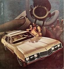 """Ny kaross kom 1968 med radikalare formgivning. För att motverka märkesnamnets association till gammalt, marknadsfördes 68.orna som """"youngmobiles"""" from Oldsmobile."""