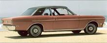 Till 1966 sträcktes linjeföringen upp en aning samtidigt som formatet skruvades upp på längd och bredd. Bilden visar den nästan identiska Falcon från 1969.