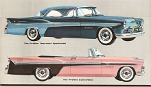 """The Forward Look kompletterades 1956 med fenor och alla Fireflite hade nu samma kromprakt med tvåfärgsfält som option, enfärgade bilar var ovanliga 1956. Automatlådan styrdes av fyra knappar -""""Push Button Driving is Here!"""" Fireflite hade nu 255 hk ur 330 CID, Firedome 25 hk mindre ur samma volym."""