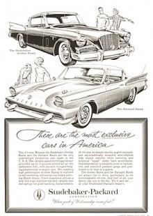 Studebaker och Packard fusionerades 1954 och tre år senare var Packard en förklädd Studebaker med annan grill och dekor. Den tillverkades för att Packards återförsäljare skulle ha något att sälja kontraktstiden ut. Följaktligen fanns det 1958 en Packard Hawk med en bredkäftad front i glasfiber som tekniskt var identisk med Studebaker Golden Hawk. Man låtsades inte ens att de var olika bilar utan de fick en gemensam annons! Förresten, Packard Hawk hade en unik detalj, dörrklädseln fortsatte ut på dörrens utsida! Inte så bra när det regnade.
