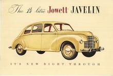 Jowett var en liten bilfabrik i Yorkshire med ganska egna lösningar. Som de flesta engelska märken hade Jowett tjänat pengar under kriget på rustningsproduktion och dessa satsades nu på en helt ny och avancerad bil, Javelin. Den visades i maj 1947 och hade en boxermotor i aluminium på 50 hk. Karossen var självbärande och det var torsionsfjädring runt om.