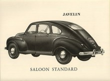 Javelins låga fastbackkaross hade ritats av Gerald Palmer, överlockad från Nuffield dit han sedan gick tillbaka för att designa M.G. Magnette Z. När han jobbade med Javelin verkar han ha varit inspirerad av 1930-talets Lincoln-Zephyr.