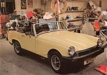 Sprite lades ned redan 1971 men Midget fortsatte till 1979. De sista fem åren försågs Midget inte bara med gummistötfångare utan också med en 1500-motor. Denna kom från Triumph och delades med internkonkurrenten Spitfire. En ovanlig rationalisering över märkesgränserna inom British Leyland.