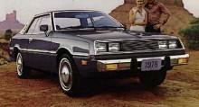 1978 års Plymouth Sapporo var en lyxbil i miniatyr även om motorn bara hade hälften så många cylindrar som en V8.