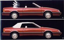 Den snygga LeBaron Converible såldes det ganska många av i Europa och de fina exemplar som finns kvar är idag prisvärda sommarbilar.