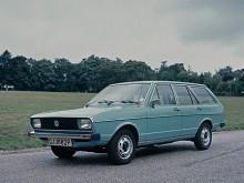 Variant lät vänta på sig till 1978. Alltid simpla plåthjul. VW var mästare i standardisering. Den starkaste motorn i generation ett var 110 hästaren som gjorde ett snabbt mellanspel 1979-80.
