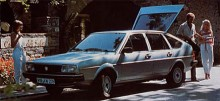 Med generation två underströks de praktiska egenskaperna. Nu var halvkombikarossen med fyra dörrar den som gjorde modellen bäst rättvisa. En genomhygglig vardagsvagn.