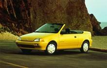 GM:s numera nedlagda småbilsmärke Geo hade också en Metro på programmet. Här är en cabrioletversion från 1990 och ja, det är egentligen en Suzuki Swift vi talar om.