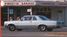 Pontiac Tempest inordnades från 1964 i ledet och fick konventionell Detroitteknik. Helst ville GM glömma alla crazy ideas från 1961. Med den nya Tempest som bas byggdes den första GTO och en ny bilklass var född!