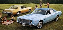Furys fyra sista år innebar midsizekaross. En trevlig storlek det också som du kan se. Bilarna på bilden är från 1977 och 1978 blev sista året för Fury.