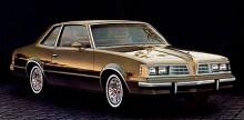 Mellan 1978 och 1981, som på bilden, fick LeMans finna sig i att krympas ännu en gång men motormässigt gällde V8 än. Både för bensin och diesel. Också en V6 fanns om man trivdes bättre med en sådan.