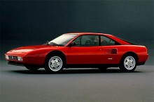 Mondial t som kom 1989 hade mindre framträdande luftintag på sidorna och starkare motor.