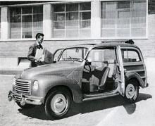 Giardinetta fick helstålkaross och blev Belvedere 1952. Här packar alltså Luigi sina lådor fulla med radiorör och morötter i den gamla betydligt ovanligare trävarianten Giardinetta.