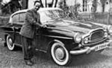 Frontpartiet hade en radikalt annorlunda utformning jämfört med den första prototypen. Här har Elisabeth II bevisligen registrerats i Sverige och den tuffa karossen har fått en skyddande hinna av landsvägssmet.