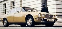 Serie II-versionen av XJ6 fick även den en Daimler-syrra…