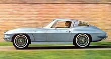 Generation 2 kom 1963 och nu gick Corvette att få båda som coupé och roadster.