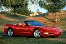 1997 var det tydligt att General motors tröttnat på att Corvette inte räknades som en riktig sportbil ibland annat Europa. C5-generationen var snabbare, lättare och mer välbyggd än fyran.