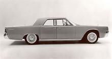 Till 1961 så kom en helt nydesignad Continentalmodell skapad av Elwood Engel strax innan han bytte arbetsgivare och blev Chryslers designchef.
