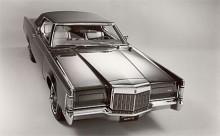Som 1969 års modell introducerades Continental Mark III, trots Continentalnamnet var det en egen modell som byggde på Ford Thunderbird. Mark III fanns bara som kupé.