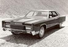 1970 kom den fjärde generationen Continental. Nu försvann självmordsdörrarna som varit ett signum för modellen.