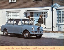 Säkert världens mest luxuösa småbil proklamerar BMC.  Att den hör hemma på High Street i en villastad söder om London är i alla fall tydligt.