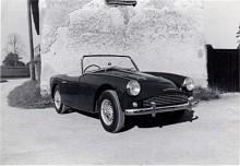 Den lilla sportbilen var formskön och påminde i linjespelet om den betydligt större och dyrare AC Ace. Bilen på bilden är Alexanders demobil.(Photo courtesy: Turner Sports Car Register)