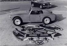 En Alexander-Turner i byggsats är nästan klar. Luckan i engelsk skattelagstiftning att byggsatsbilar slapp försäljningsskatt var en överlevnadsförutsättning för småskaletillverkare som Turner, Fairthorpe, Rochdale, Gilbern med flera. Även Lotus och TVR sålde i början de flesta av sina bilar i byggsats.