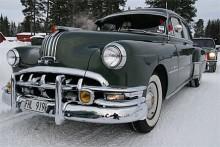 Peter Lövgren Hoting deltog med sin vackra Pontiac 8 Silver Streak 1950