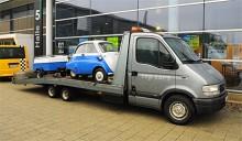 Det är inte många kompletta husvagnsekipage som ryms på en pickis. BMW Isetta med campingvagn - inga problem!