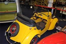 Två kunde åka i Baby och motorn på 175 cc drev på vänster bakhjul.