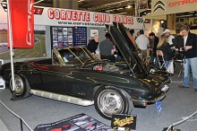 En Corvetteklubb finns i Frankrike och trängseln var stor i dess monter, var alla medlemmar där?
