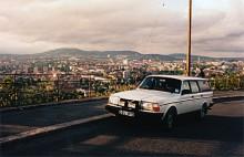 Turbon ersattes av en 245 GL. Här syns den på en höjd utanför Oslo.