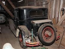 Fullutrustad: koffert OCH utanpåliggande reservhjul.