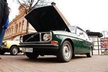 Lars-Ove Johanssons Volvo 142 är prydligt original på utsidan men under motorhuven lurar en trimmad spis.
