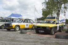 Opel Ascona B och Kadett GT/E i depån.
