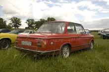 Trevlig BMW 2002 tii på publikparkeringen.