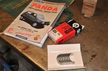 Verkstadshandbok från eBay, lagersats från GKG Bildelar - vi är redo!